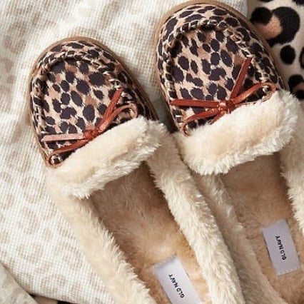 Cheap Slippers For Women at Old Navy