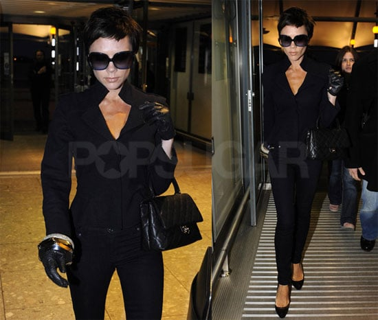 Photos of Victoria Beckham at Heathrow Airport 2008-12-04 16:30:42
