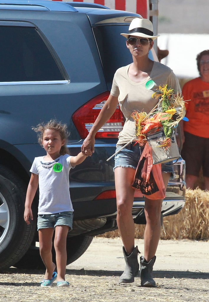 Halle Berry and and Nahla Aubrey walked into a pumpkin patch in Simi Valley.