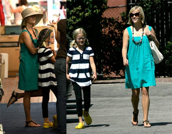 Photos of Reese Witherspoon Trying on Hats with Ava Phillippe