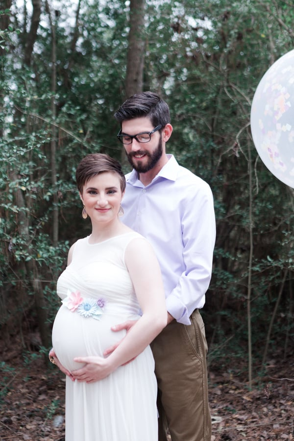 The Only Thing Sweeter Than This Unicorn Maternity Shoot Is the Story Behind It