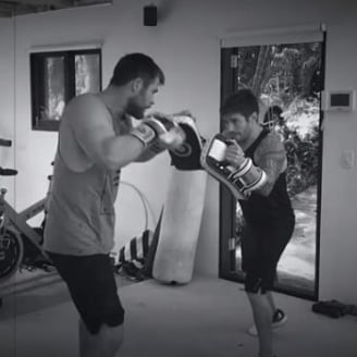 Chris Hemsworth Boxing Instagram Video September 2016