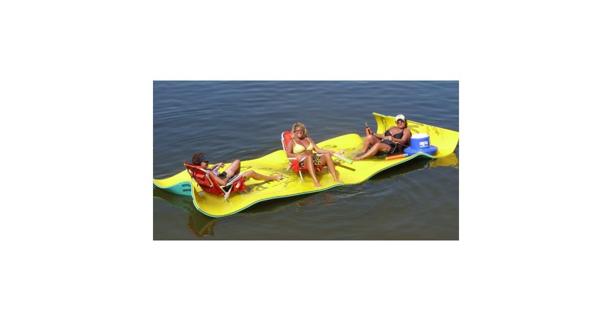 The Aqua Lily Pad Creates A Floating Temporary Island