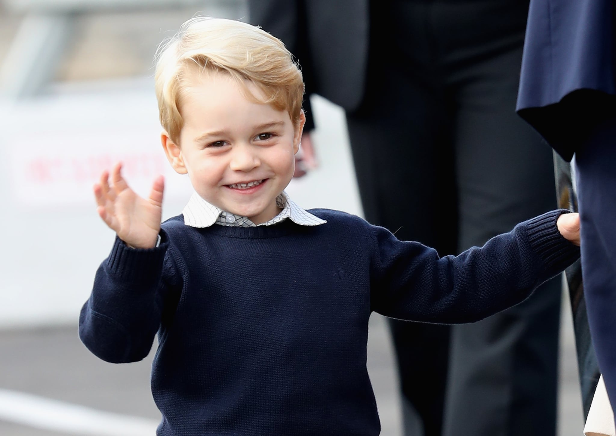 VICTORIA, BC - OCTOBER 01:  Prince George of Cambridge waves as he leaves from Victoria Harbour to board a sea-plane on the final day of their Royal Tour of Canada on October 1, 2016 in Victoria, Canada. The Royal couple along with their Children Prince George of Cambridge and Princess Charlotte are visiting Canada as part of an eight day visit to the country taking in areas such as Bella Bella, Whitehorse and Kelowna  (Photo by Chris Jackson/Getty Images)