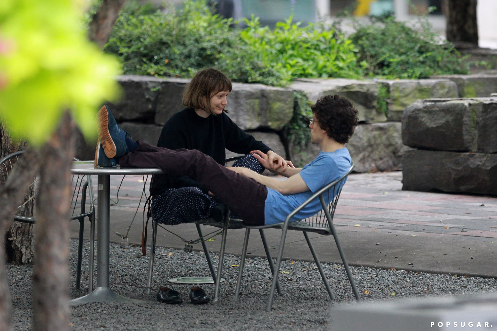 Jesse Eisenberg and Mia Wasikowska shared a romantic park date in Toronto.