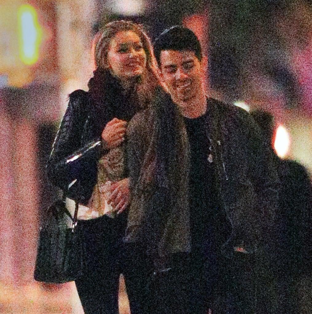 Gigi Hadid and Joe Jonas in NYC | Pictures
