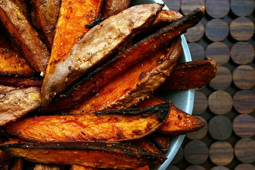 Yummy Link: Spicy Sweet Potato Wedges