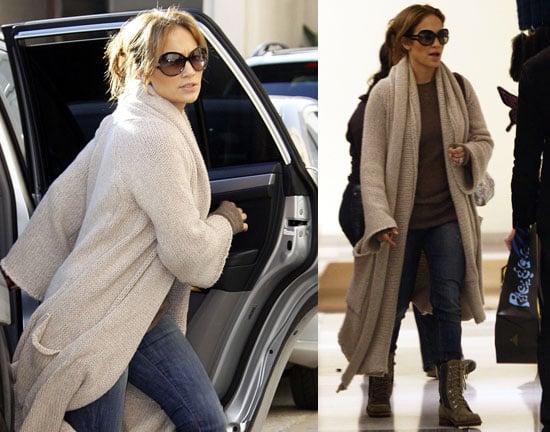 Are Jennifer Lopez amp Alex Rodriguez Engaged Shes Wearing