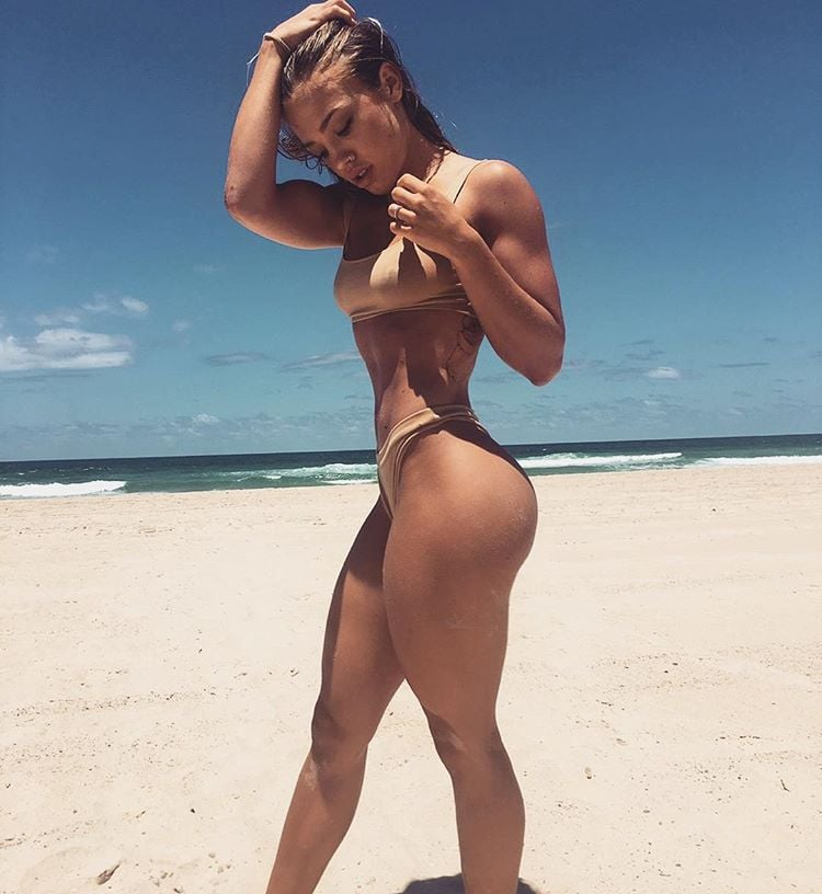 12 Reasons Why Tammy Hembrow Will Be Your New Fitness Inspiration