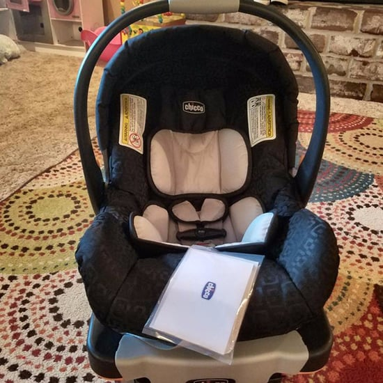 Stranger Delivers a Car Seat to Mom in Need
