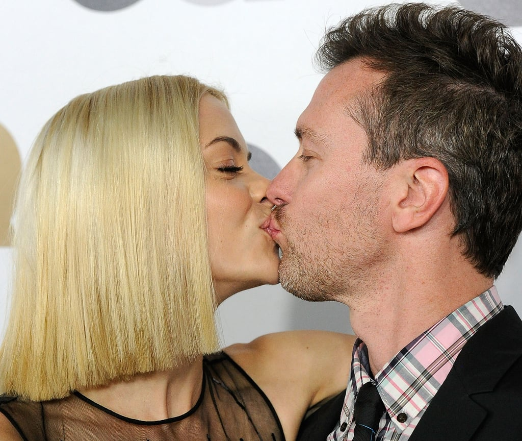 Jaime King and Kyle Newman kissed for the cameras.