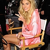 Jessica Hart flashed a peace sign.