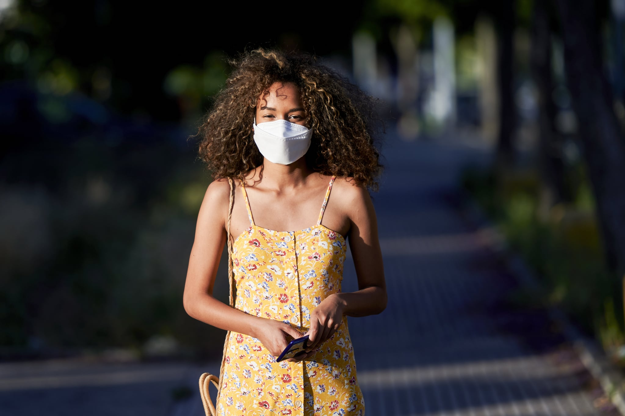 According to a Doctor: This Is How Face Masks Slow the Spread of Coronavirus