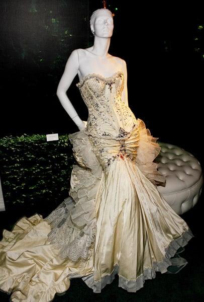 Alberto Rodriguez Wedding Dress