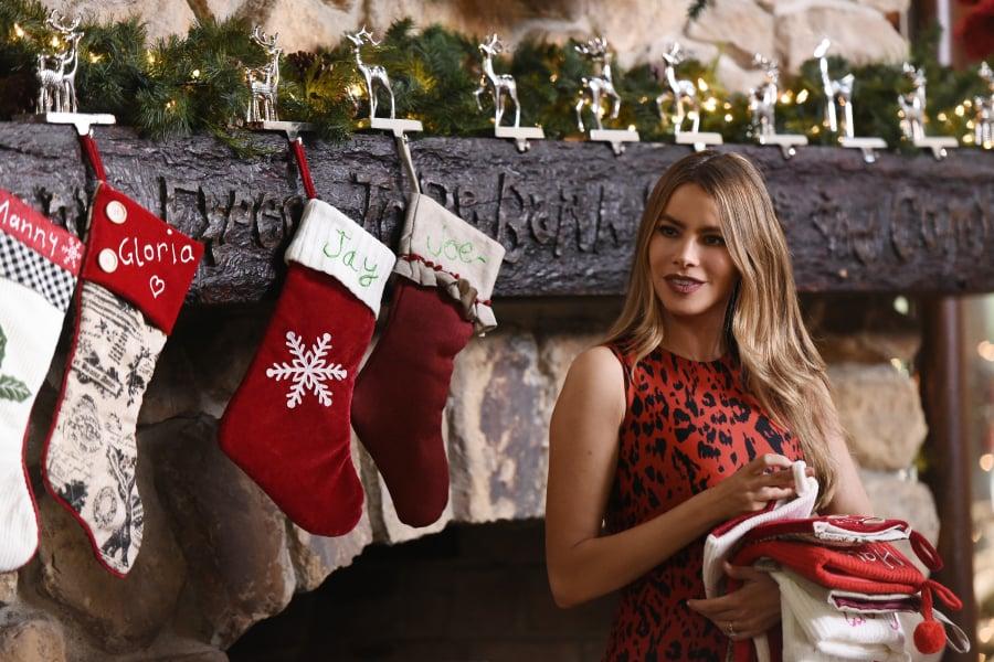 modern family season 7 christmas pictures - Modern Family Christmas