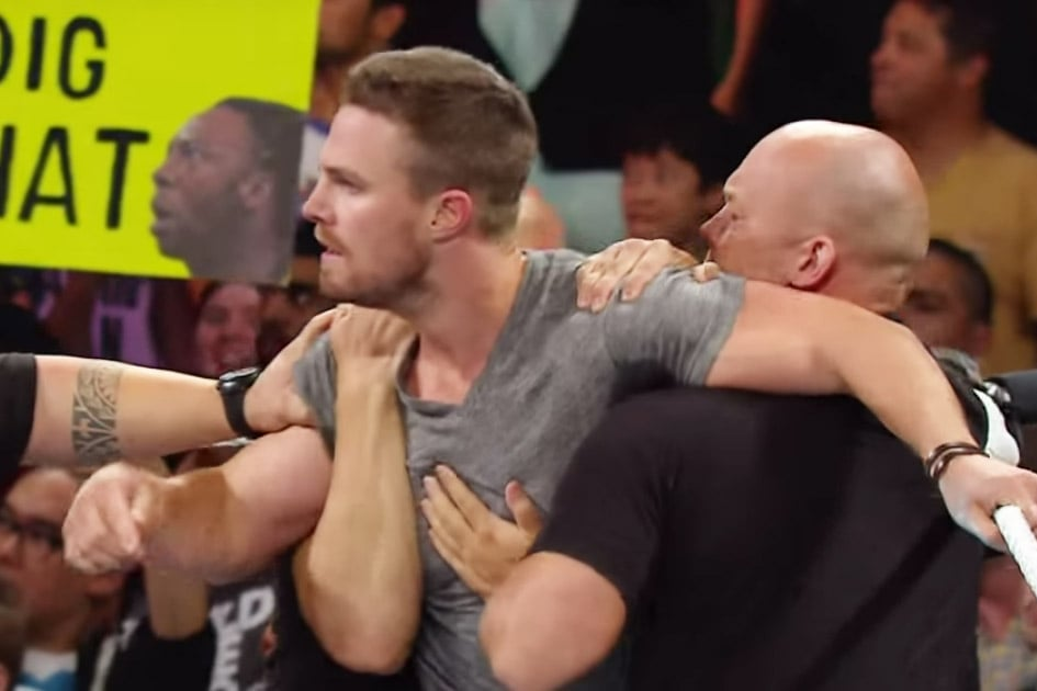 Stephen Amell Goes on WWE Raw | Videos
