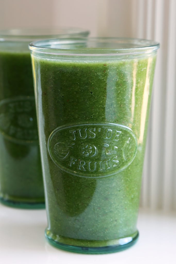 Kale, Cantaloupe, and Ginger Smoothie