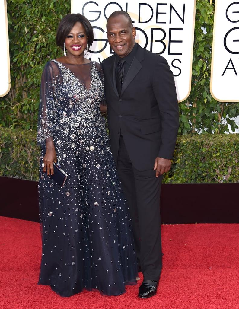 Viola Davis carried a black Judith Leiber clutch to the 2016 Golden Globe Awards.