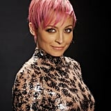 She showed off a bright pink pixie cut in February 2015.
