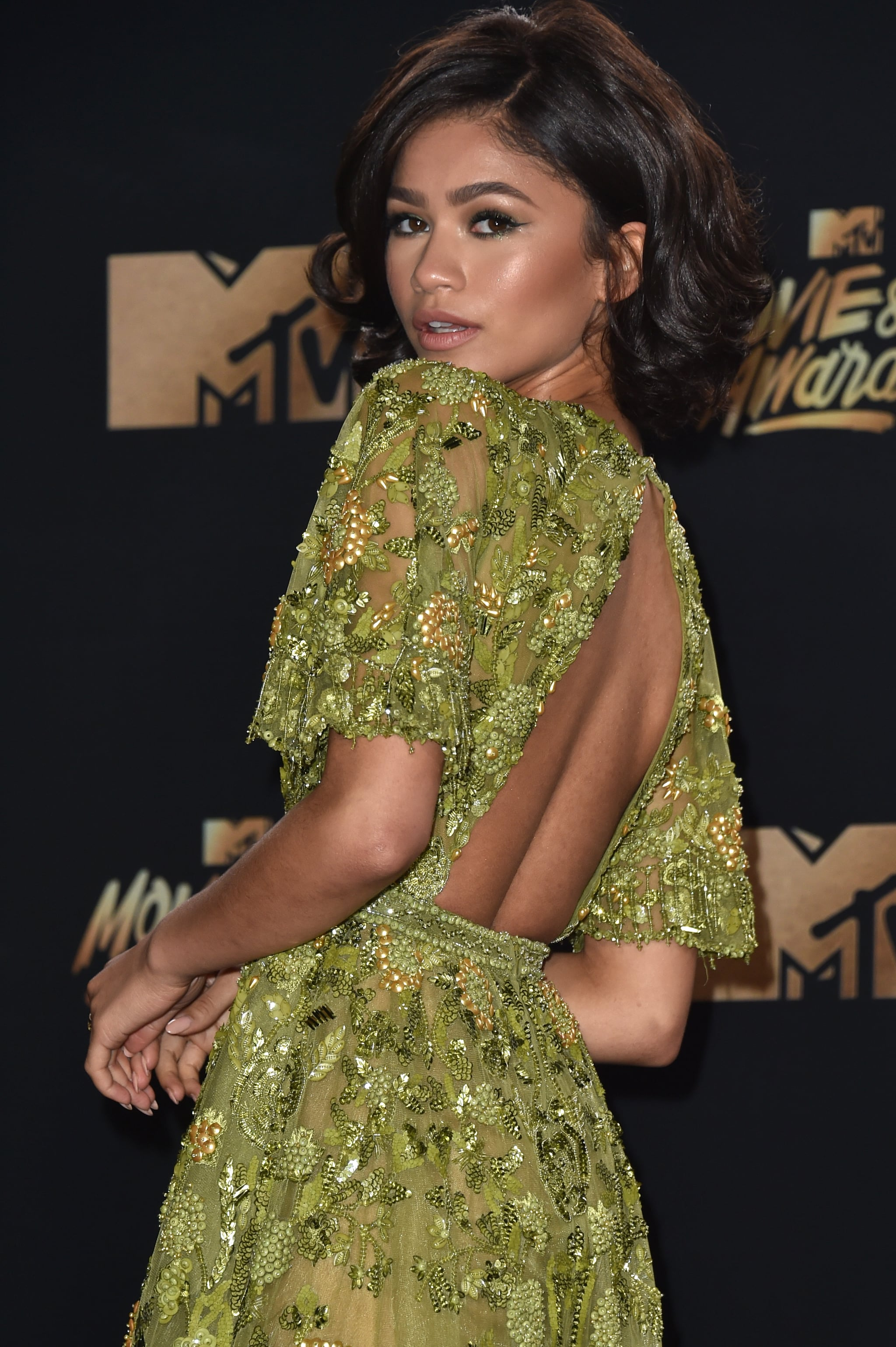 Zendaya Hair And Makeup At The 2017 Mtv Movie Awards