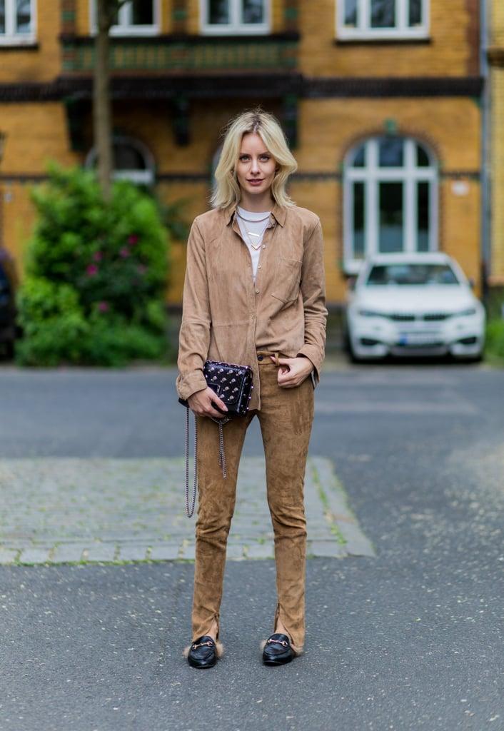 لأسلوب عفويّ يتماشى مع ثيابك المتناسقة للغاية.
