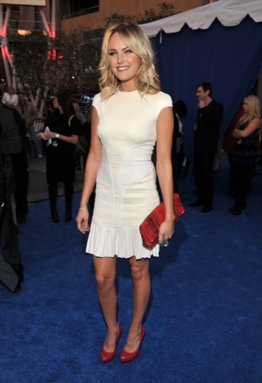 Pictures of Malin Akerman at the 2010 People's Choice Awards