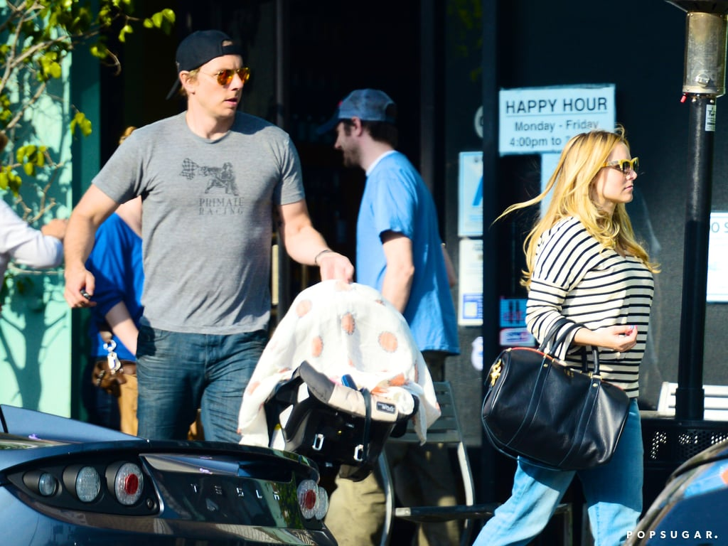 Dax Shepard and Kristen Bell stepped out in LA with their daughter, Lincoln, for the first time.