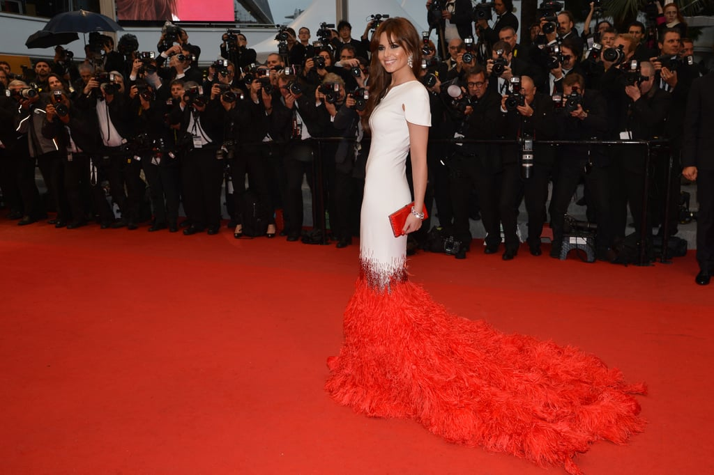 Cheryl Cole is that latest celebrity to get on board the feathers trend that was so prevalent at the Met Gala.