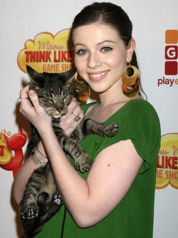 Michelle Trachtenberg Thinks Like a Cat
