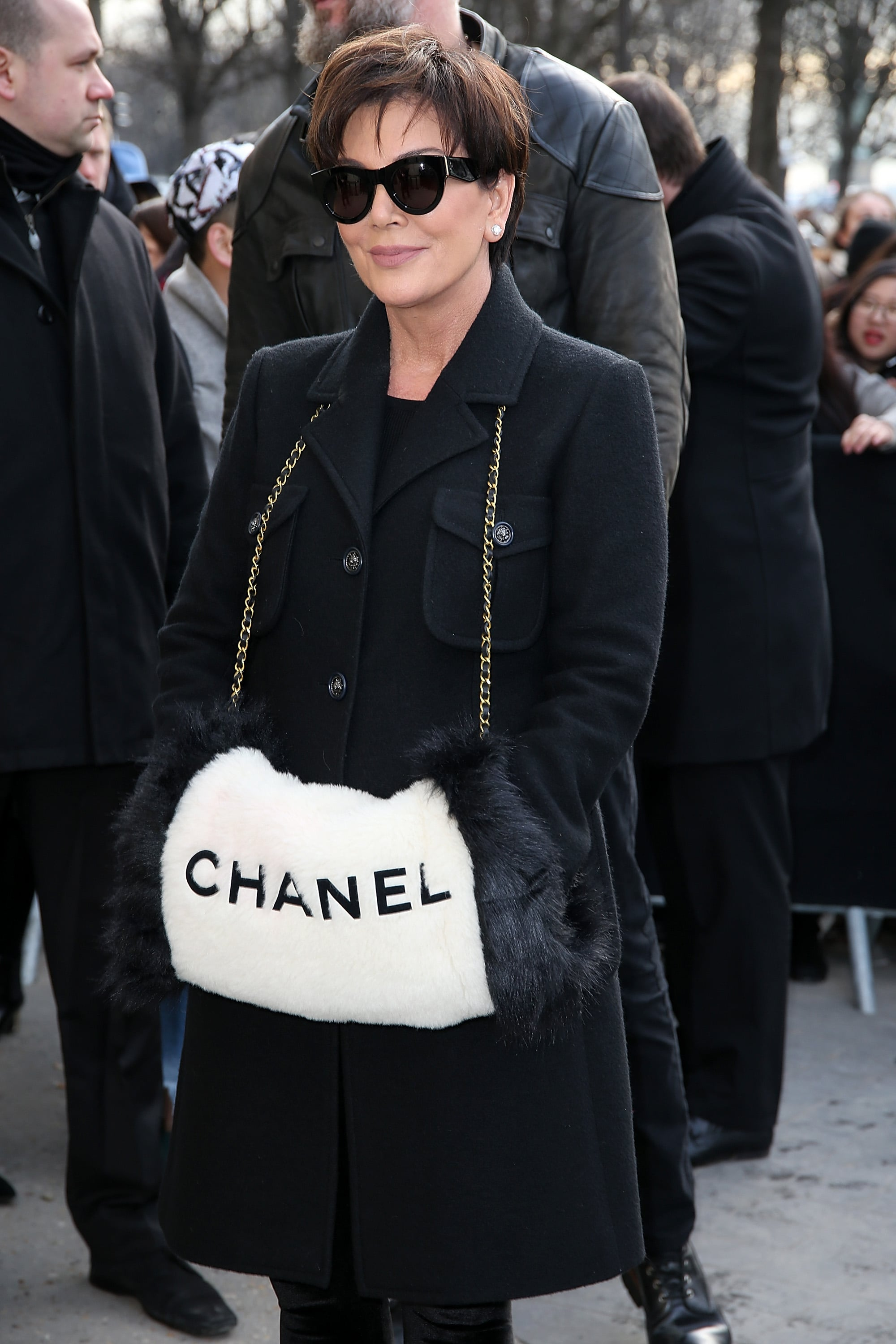Kris Jenner Showed Up Wearing A Chainstrap Chanel Muffler Everyone Gets A Front Row Seat To The Chanel Show Including You Popsugar Fashion Photo 13