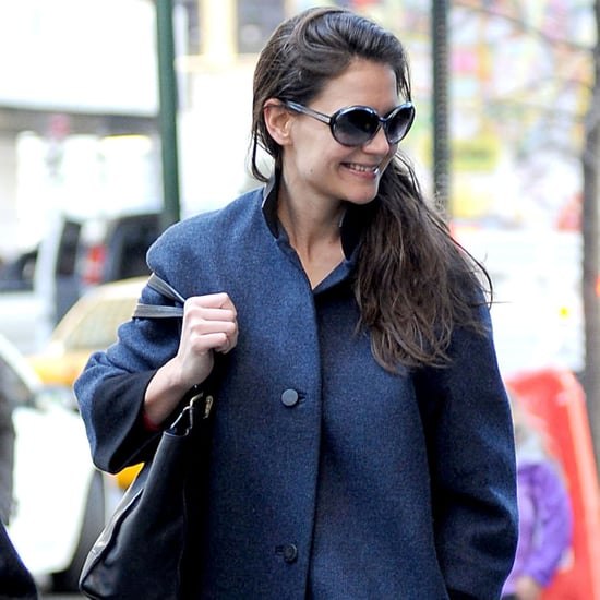Katie Holmes at the Dead Accounts Theater | Pictures