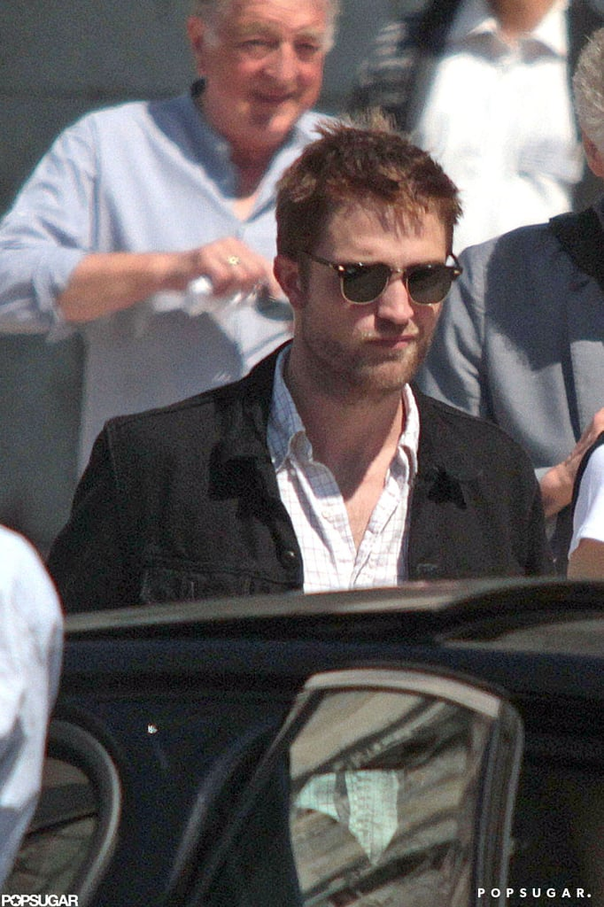 Robert Pattinson hung out with his parents in Lisbon.