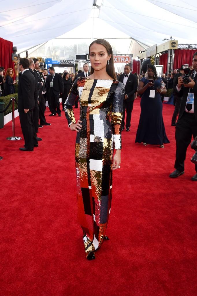 Alicia Vikander's Dress at SAG Awards 2016