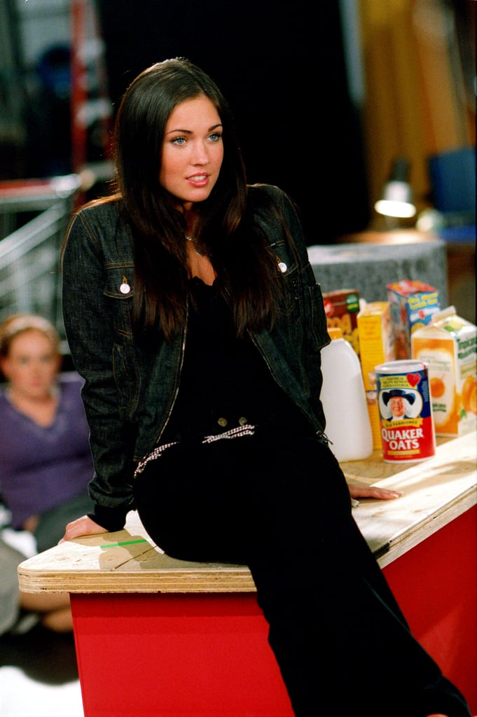 I know we're supposed to dislike Megan Fox in this movie, but I couldn't help but love her all-black look paired with a silver chain belt.