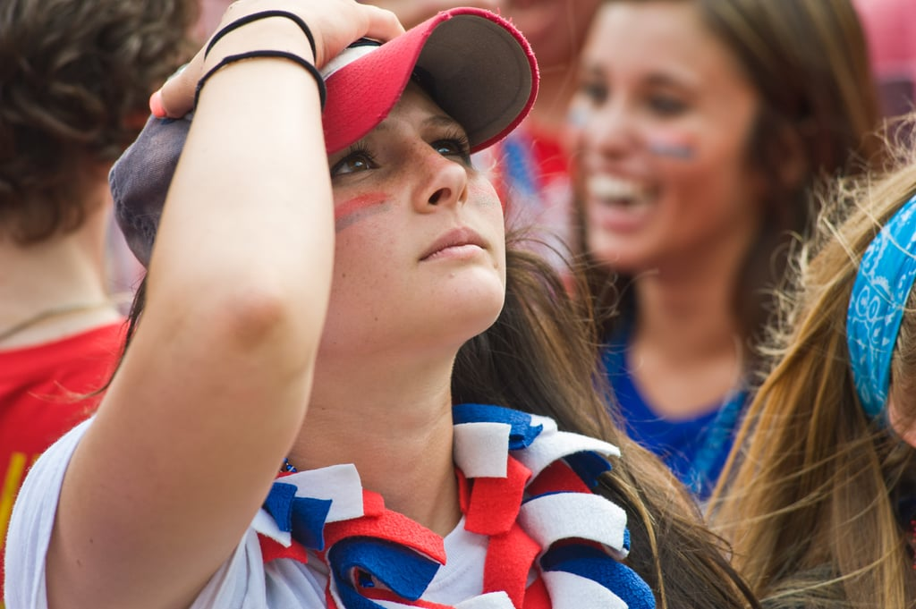 A USA fan reacted to the team's loss to Belgium while watching the game in Chicago.