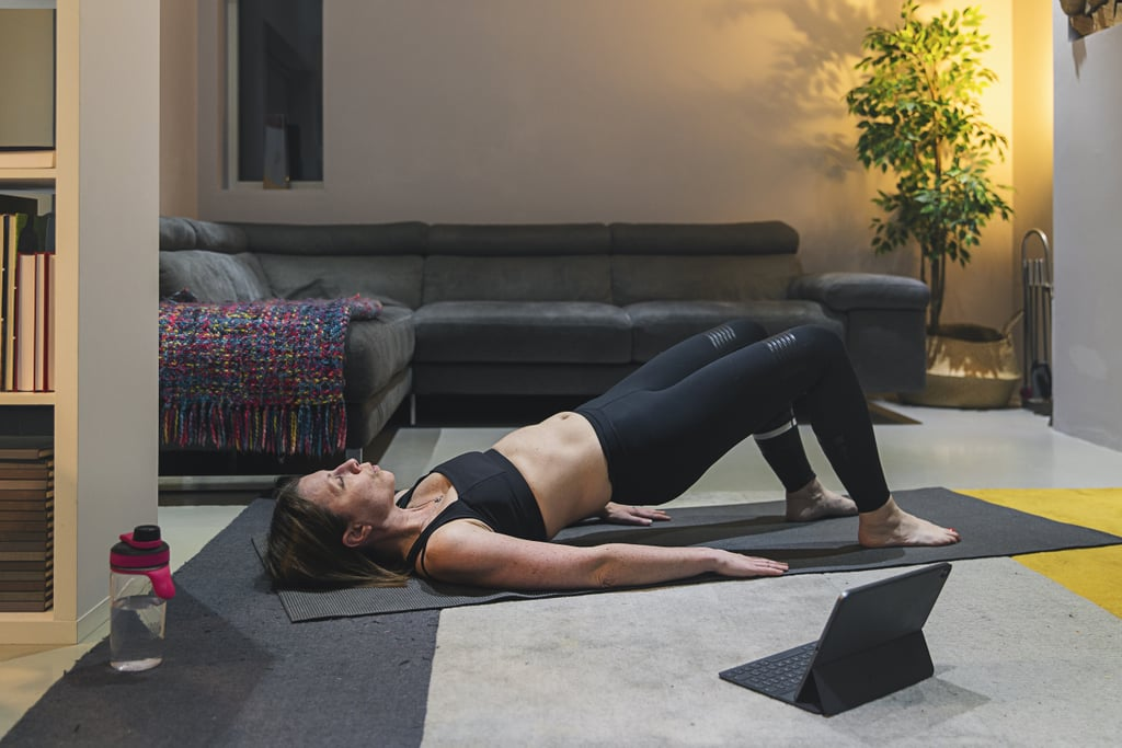 10-Minute Mat Pilates Workout For Core Engagement