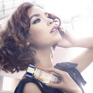 Estee Lauder Launches New Perfume With Face Arizona Muse