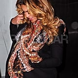 Beyoncé Knowles looked down at her baby belly.