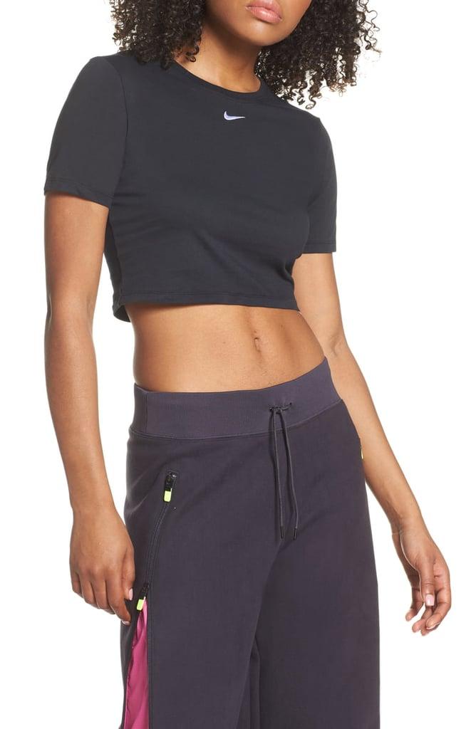 Nike Sportswear Slim Fit Crop Top