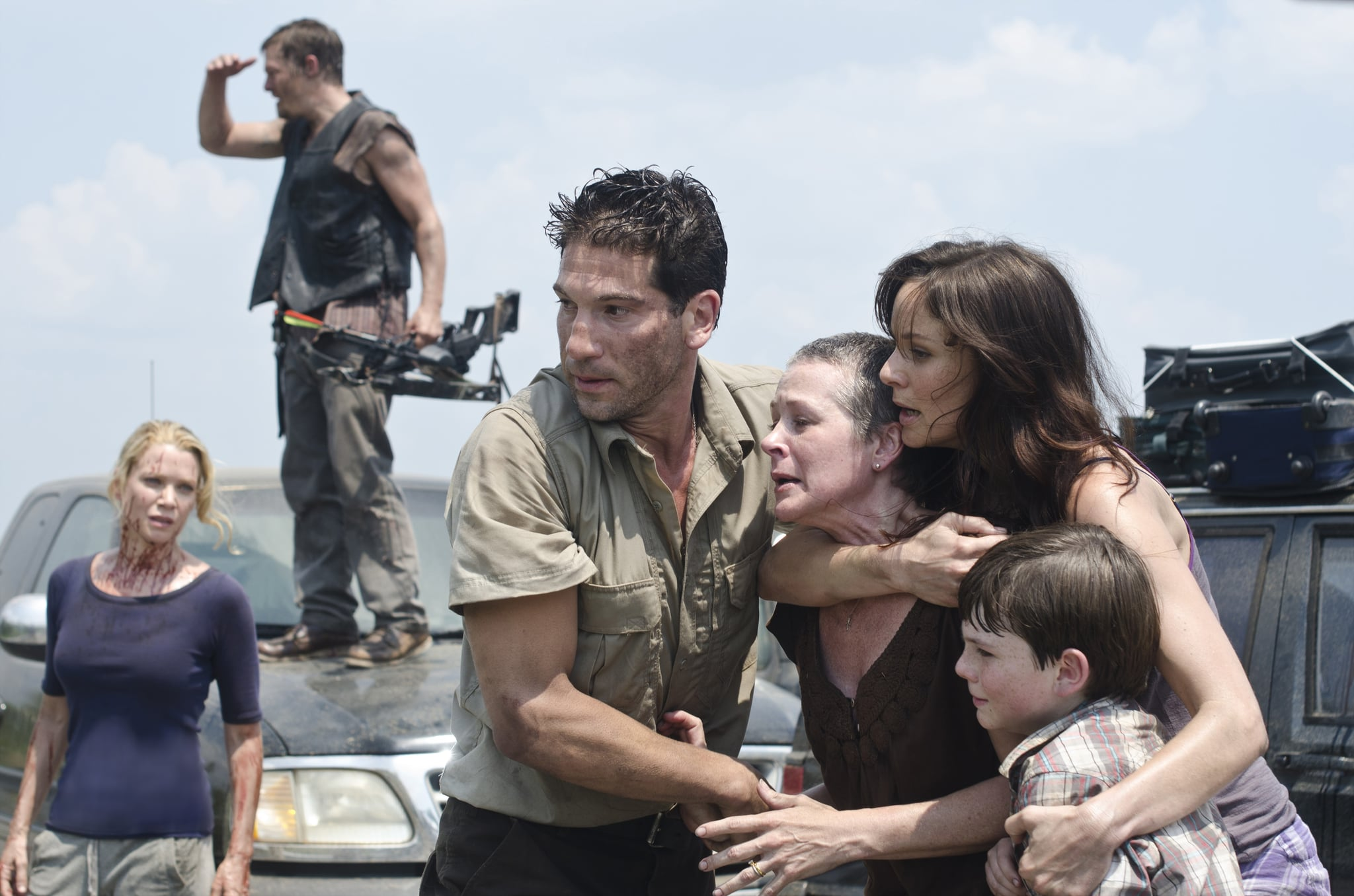 (L-R) Andrea (Laurie Holden), Daryl Dixon (Norman Reedus), Shane Walsh (Jon Bernthal), Carol (Melissa Suzanne McBride), Lori Grimes (Sarah Wayne Callies) and Carl Grimes (Chandler Riggs) - The Walking Dead - Season 2, Episode 1 - Photo Credit: Gene Page/AMC - TWD_201_0608_4665rt