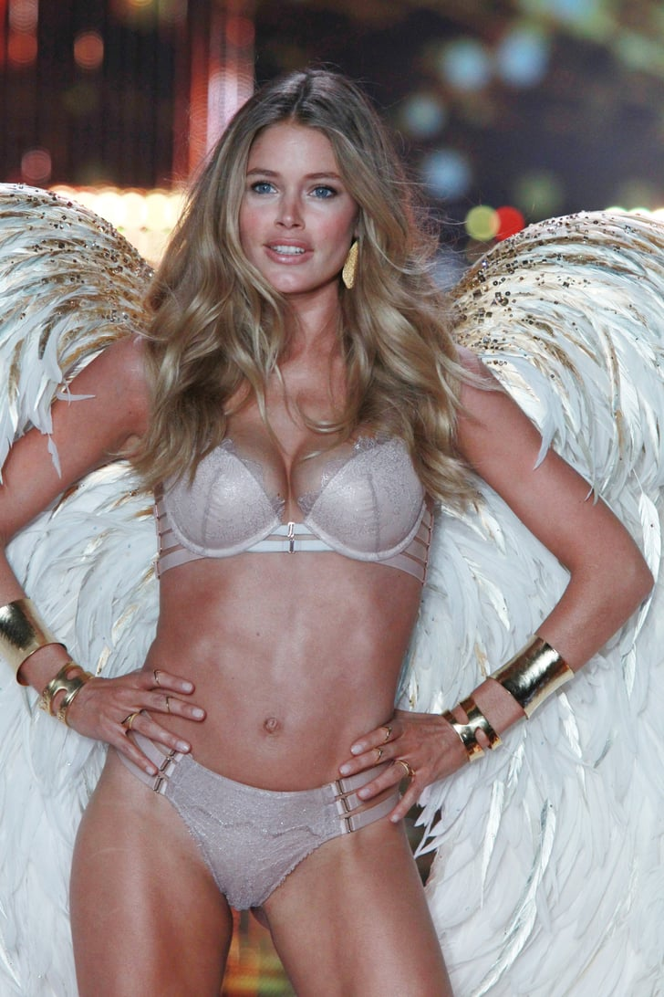 The Cleavage Victoria S Secret Angels Tan Popsugar