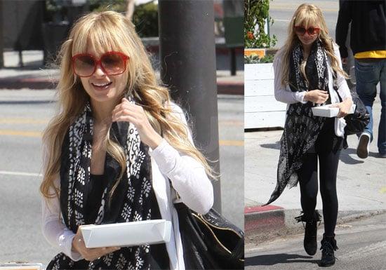 Photos of Nicole Richie at Cheebo Restaurant in LA