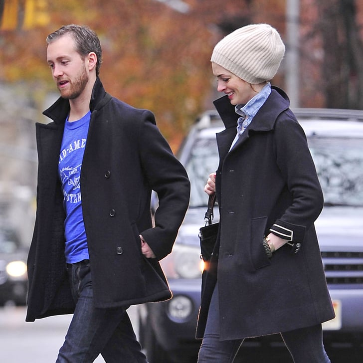 Anne Hathaway Boyfriend: Engaged Anne Hathaway And Adam Shulman Pictures In NYC