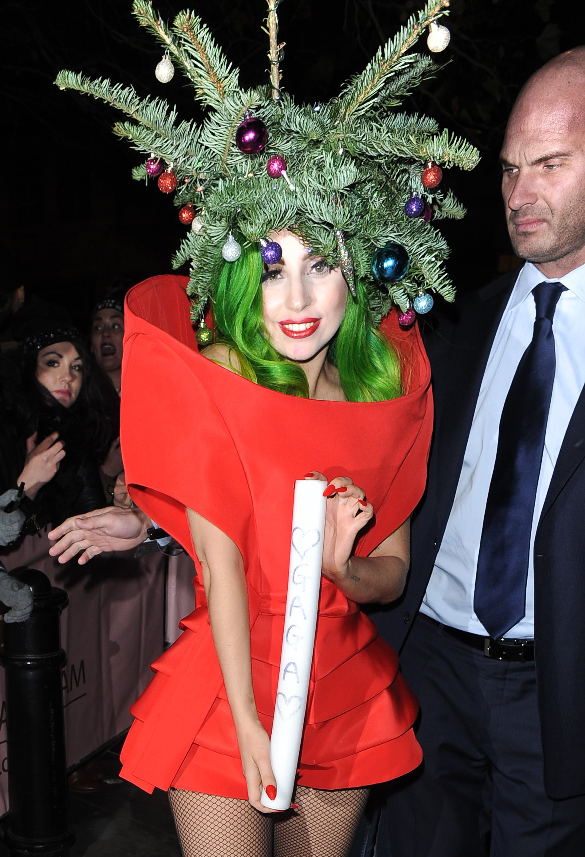 She Literally Became A Christmas Tree The 28 Most Lady Gaga Things Lady Gaga Has Ever Done Popsugar Celebrity Photo 19