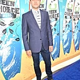 Joshua Jackson, dapper in blue.