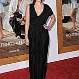 Pictures of Ashton Kutcher and Pregnant Natalie Portman at the No Strings Attached Premiere in LA