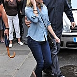 Reese Witherspoon Pictures Shopping in Paris