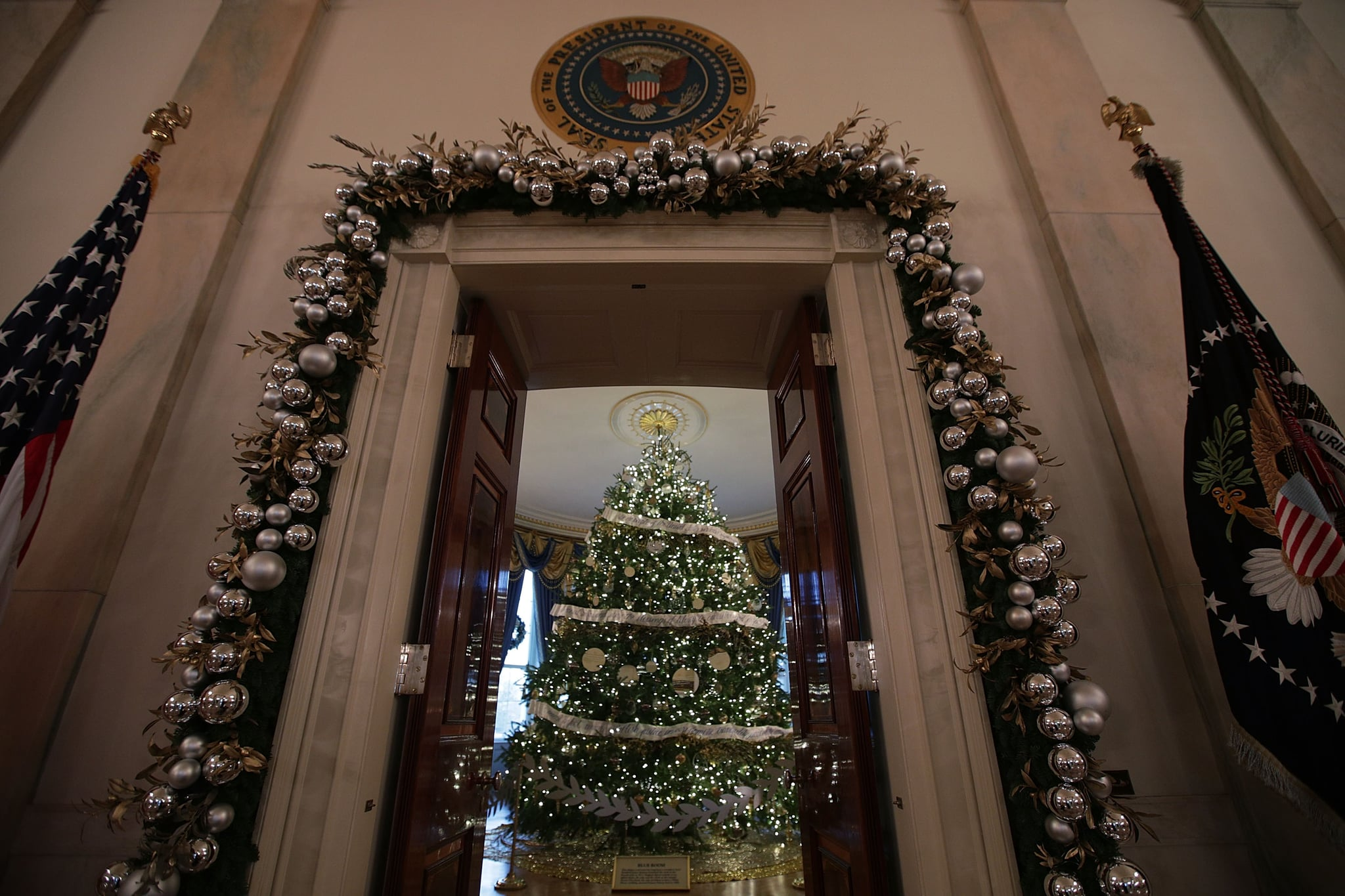 Peek Official White House Christmas