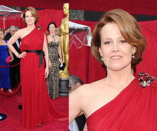 Sigourney Weaver at 2010 Oscars