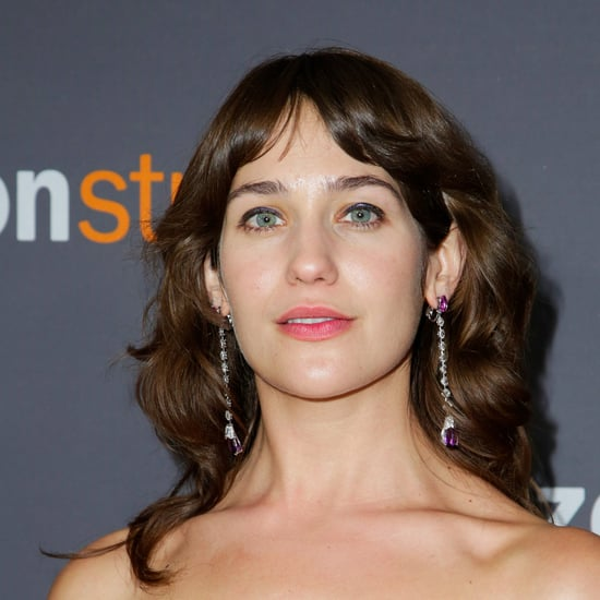 Lola Kirke Armpits at the Golden Globe Awards 2017